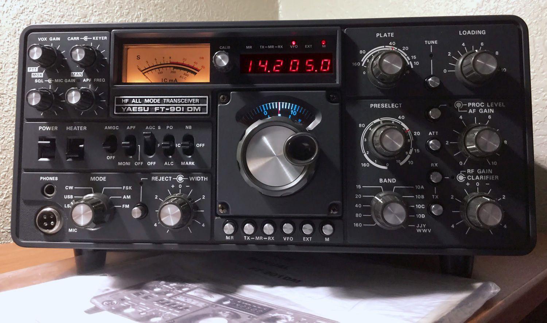 Yaesu Ft 901dm Hf Transceiver Excellent Ham Radio Radio Shortwave Radio