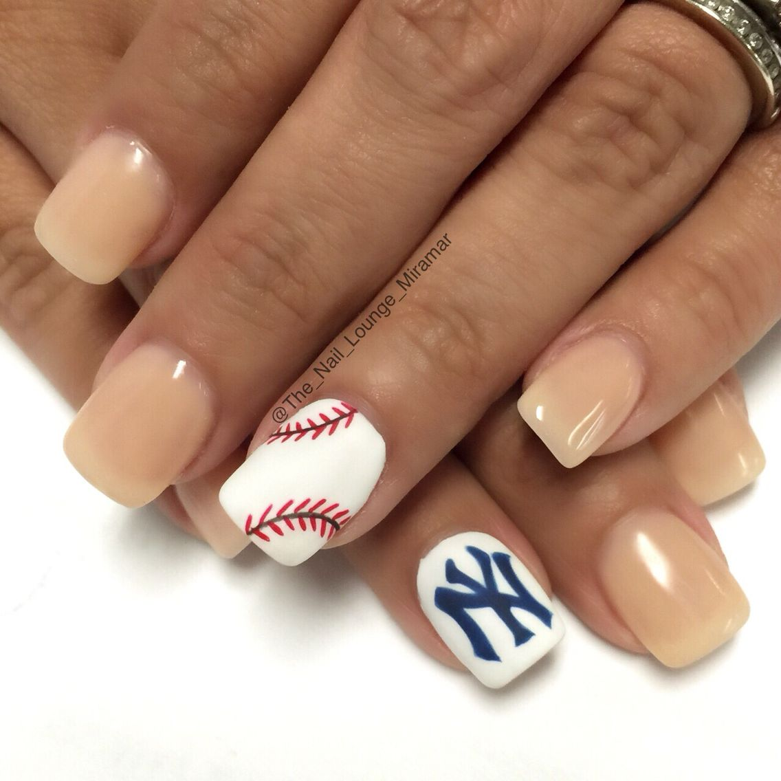 Sport New York NY Yankees baseball nail art design | Nail Art ...