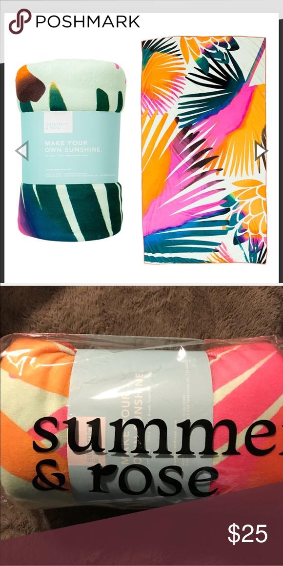 Nwt Summer Rose Palm Print Beach Towel Nwt Summer Rose Palm