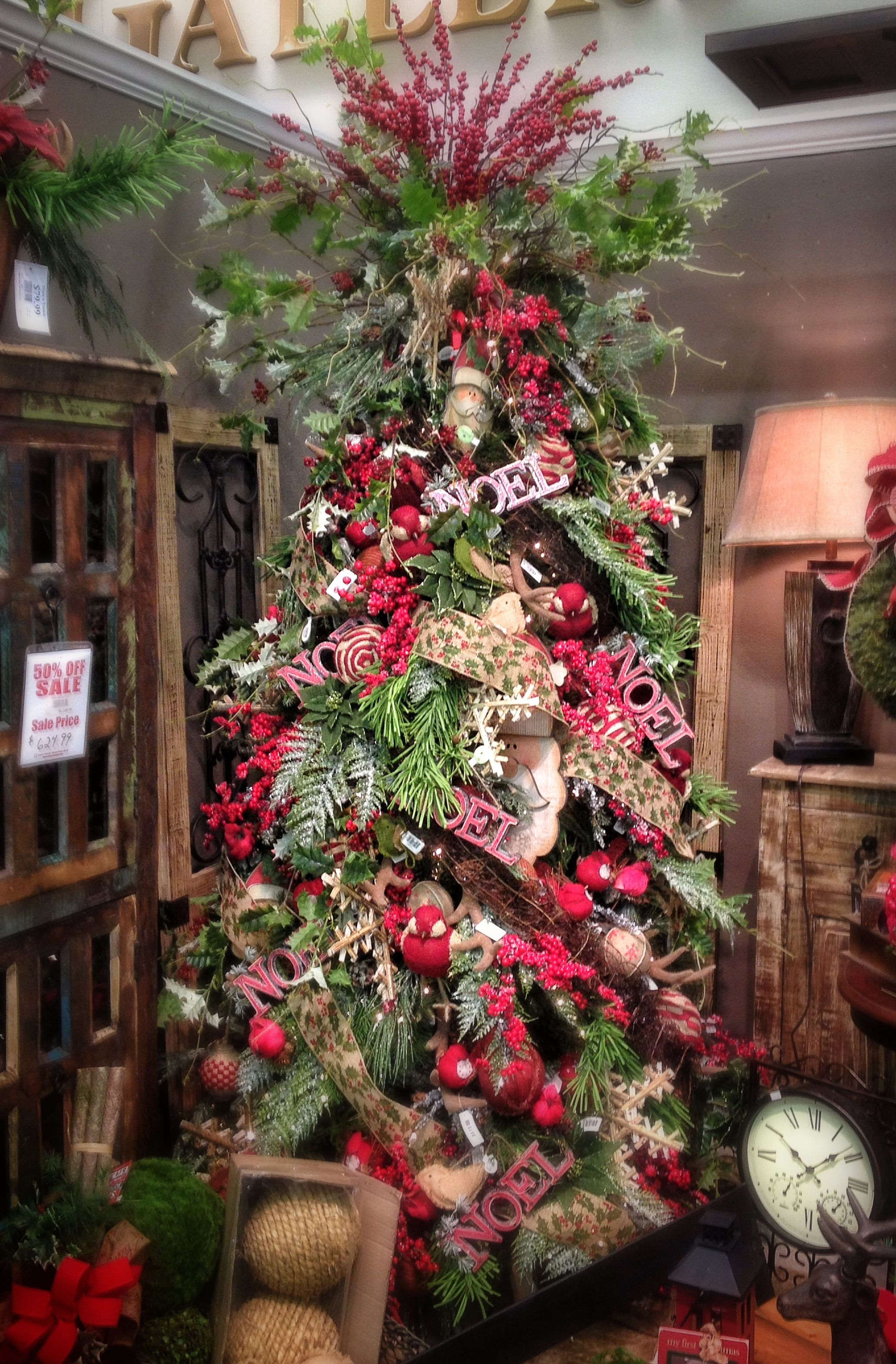 Woodsy Natural themed Christmas Tree with Burlap Ribbon ...