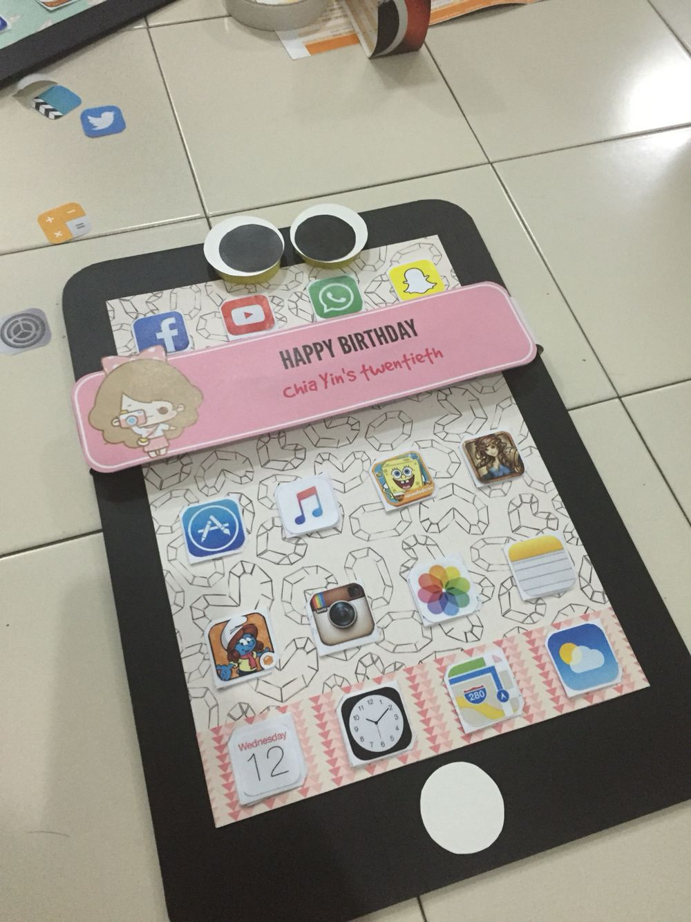 DIY IPhone birthday card! The wishes behind the apps :)   DIY IPhone ...