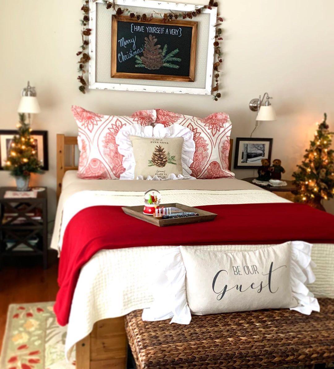 56 Best Christmas Bedroom Decor Ideas For A Positively Jolly Night Sleep Christmas Decorations Bedroom Bedroom Decor Christmas Bedroom