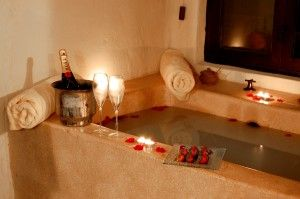 A Warm Bubble Bath+candles+wineu003d