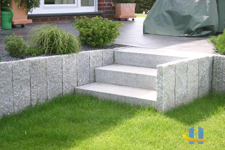 STEIN+DESIGN Spezialisten für Pflastersteine, Terrassenplatten - garageneinfahrt am hang