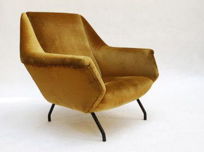 An Italian Armchair In The Style Of Gio Ponti 1950 Uso