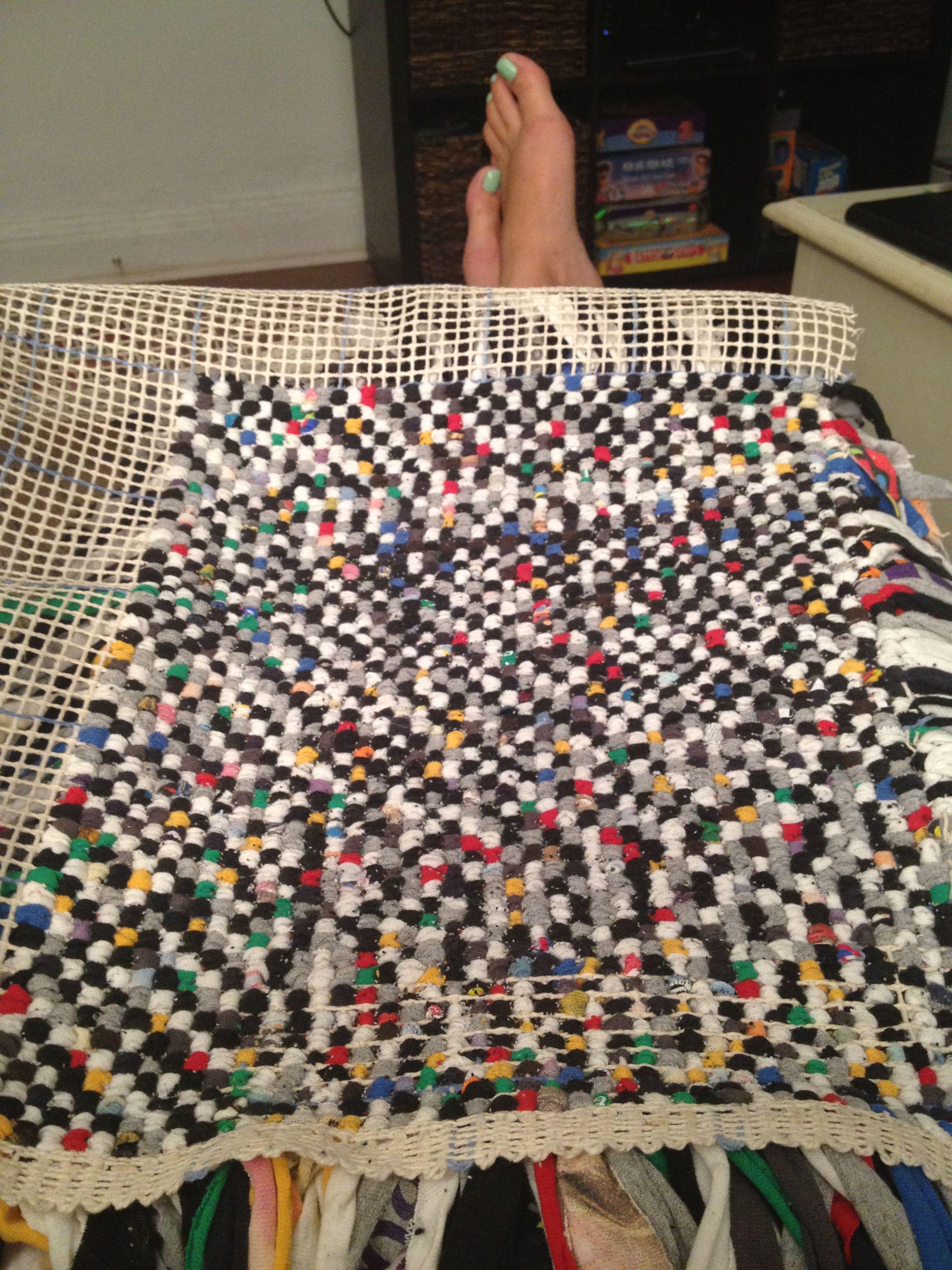 The Bottom Of My Tshirt Rug Used Old High School Tshirts Through Carpet Grid Diy Carpet Plastic Carpet Runner Modern Carpet