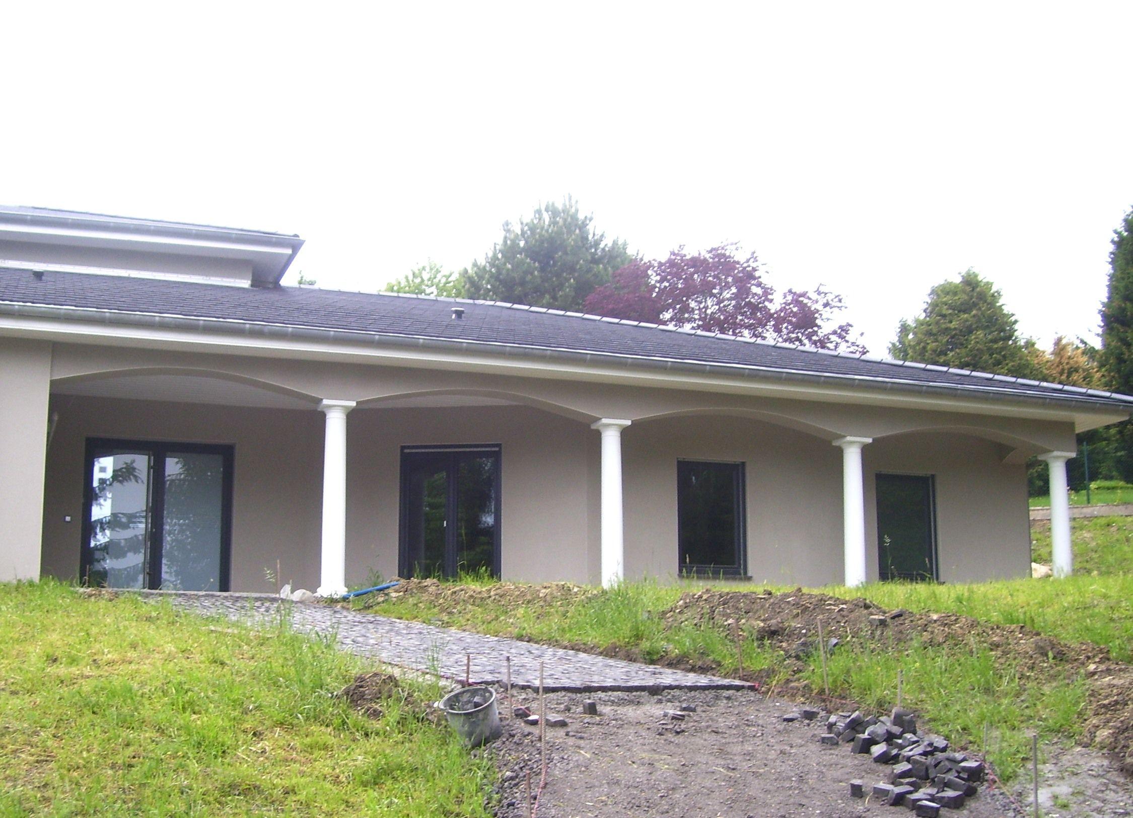 colonne beton decoratif am nagement de loggia et terrasse avec colonnes lisses