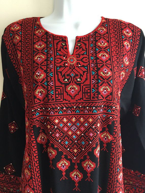 Black Dress kaftan / Tobe / Thobe / Thob with bautiful red ...