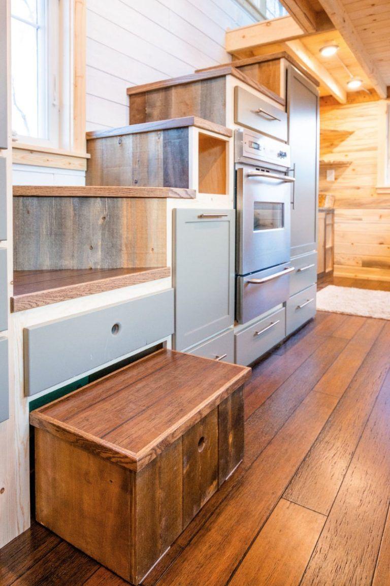 Ross's 35-foot Gooseneck Tiny House by MitchCraft Tiny Homes #tinyhouses