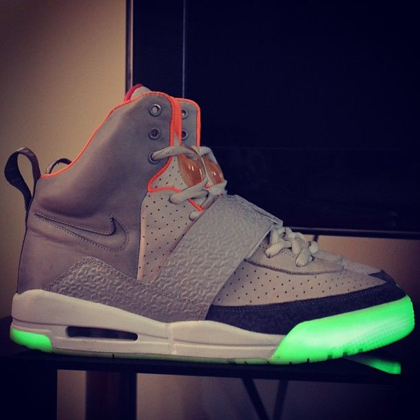 Shout out to the bro  dxpset.  yeezy  sneakerholics  sneakernews  FF   sneakeraddict  sneakers d4c1341cb