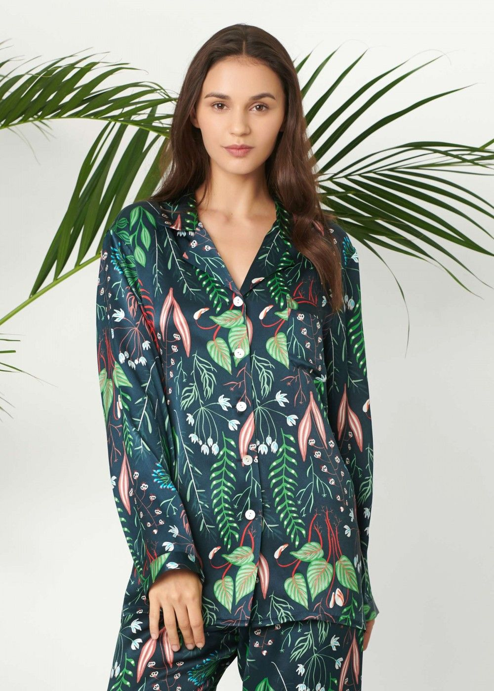 Pure charmeuse silk is is known for its effectiveness in skin nourishment  and aging prevention. LILYSILK plant print pajamas set keeps you cool in  summer ... f1d0485ca