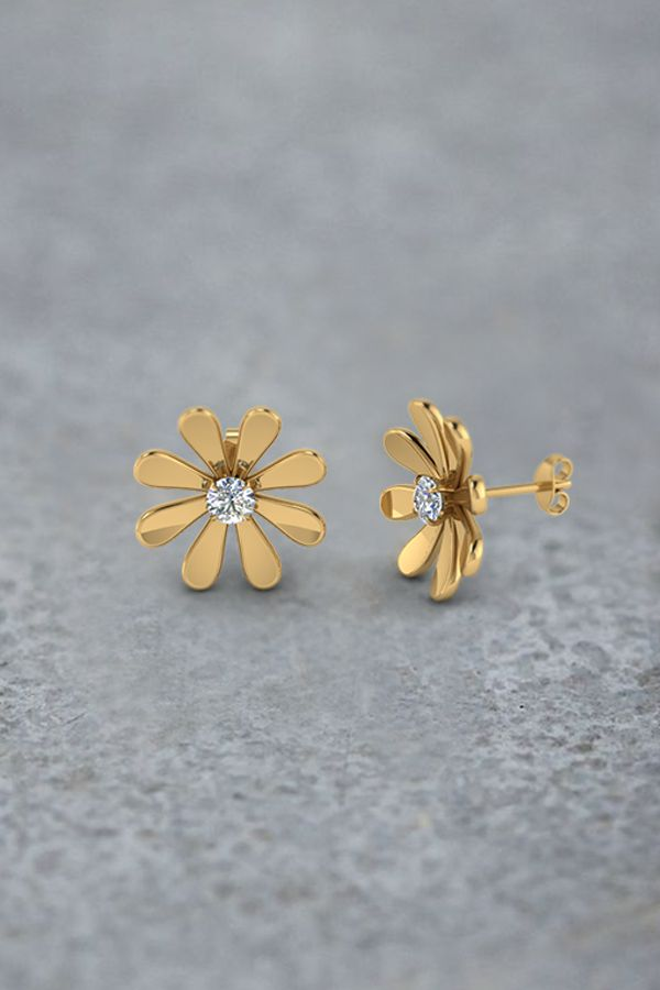 Daisy Flower Diamond Stud Earring For Women In 14k Yellow
