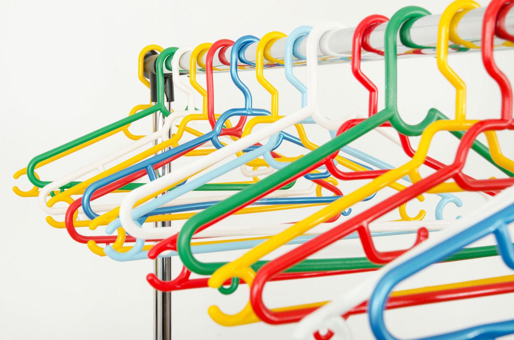 New blog post! How to organize your closet in real life! #organizingtip #storageideas #profesionalorganizer