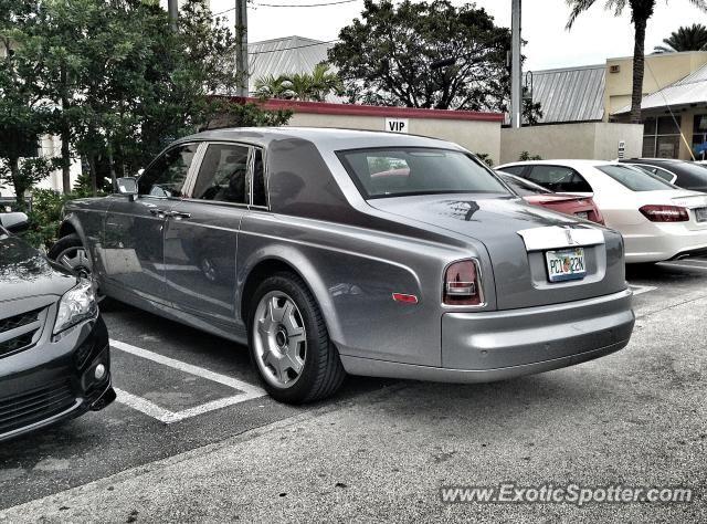 chrome rolls royce in delray florida | Rolls Royce Phantom spotted in Delray Beach, Florida on 03/01/2013