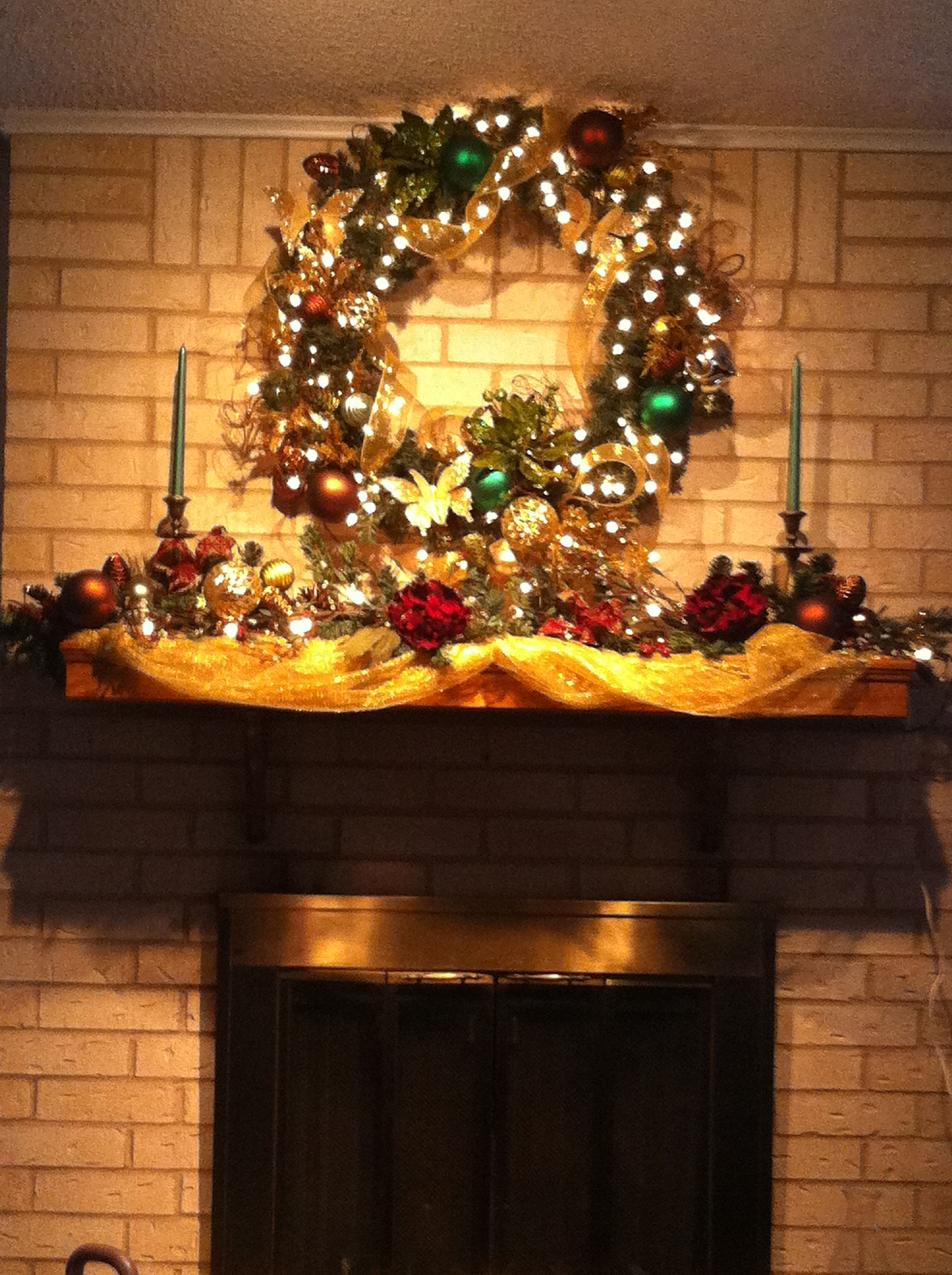 Hobby Lobby Christmas Wreaths.Prelite Wreath With Gold And Green Decorations From Hobby