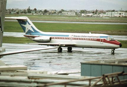 Texas International DC-9