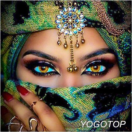 5d diamond painting green masked eyes kit  arabian eyes