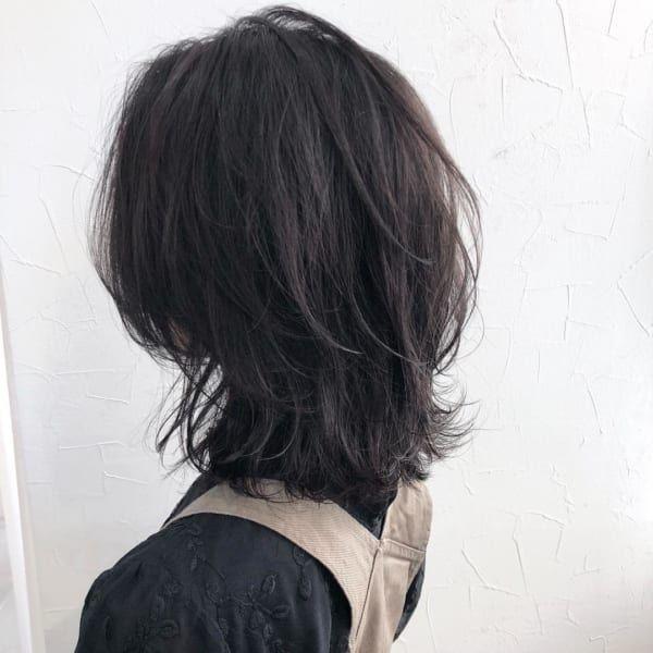 アラフィフの髪型はボリュームがポイント。若く見える素敵なヘアスタイルをご紹介 | folk