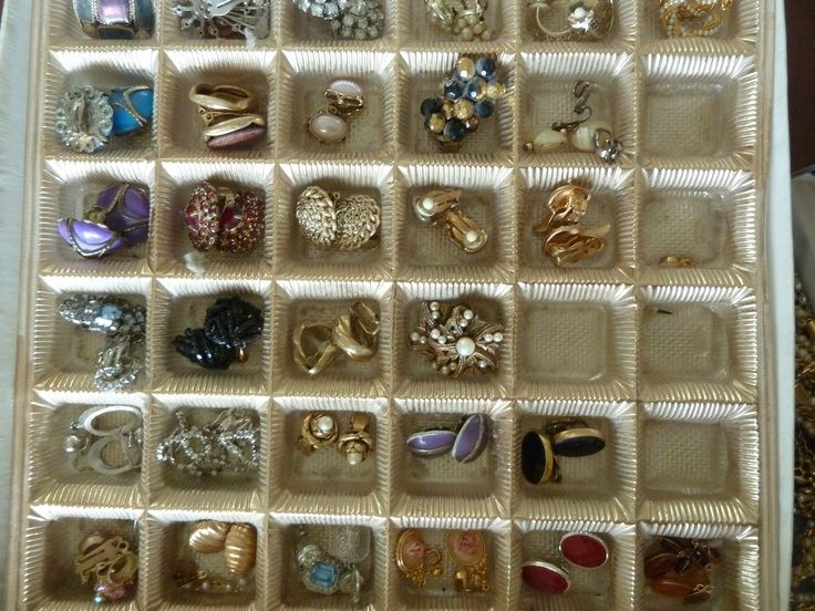 Great jewelry storage idea Found in any craft store or craft