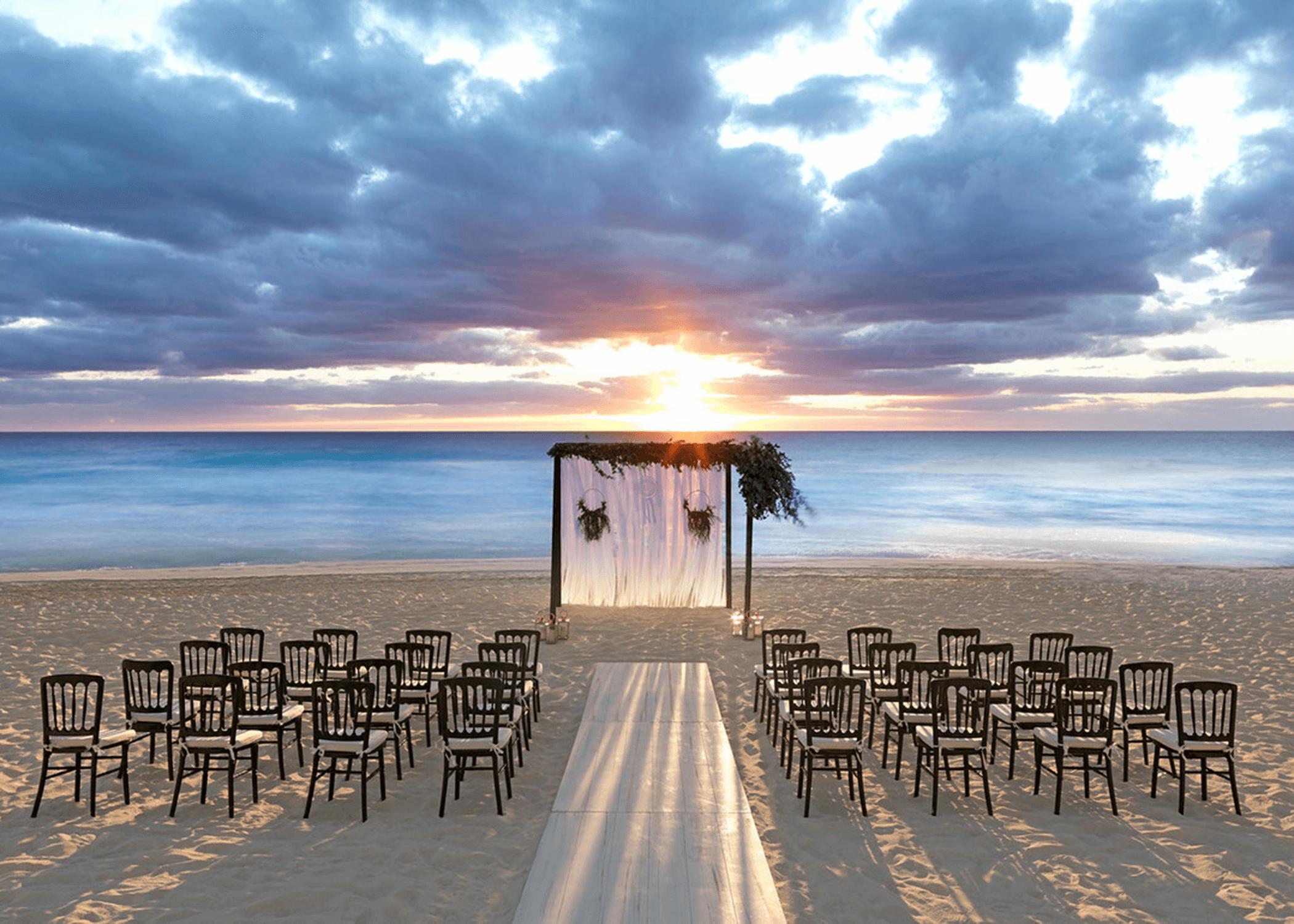 Idea by Bliss Honeymoons and Destinati on Unico Hotel