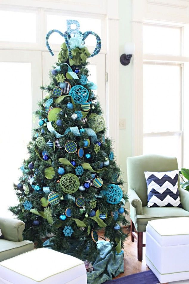 credit image blue green christmas tree decorations michaels dream tree challenge - Green Christmas Tree Decorations