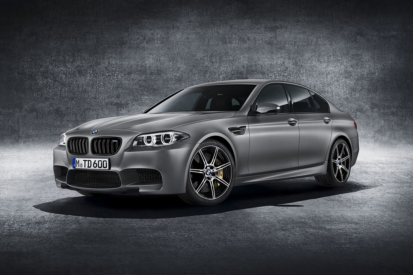 Kith Debuts Limited Edition Bmw M4 Competition Coupe Bmw M5 Bmw Cars Bmw