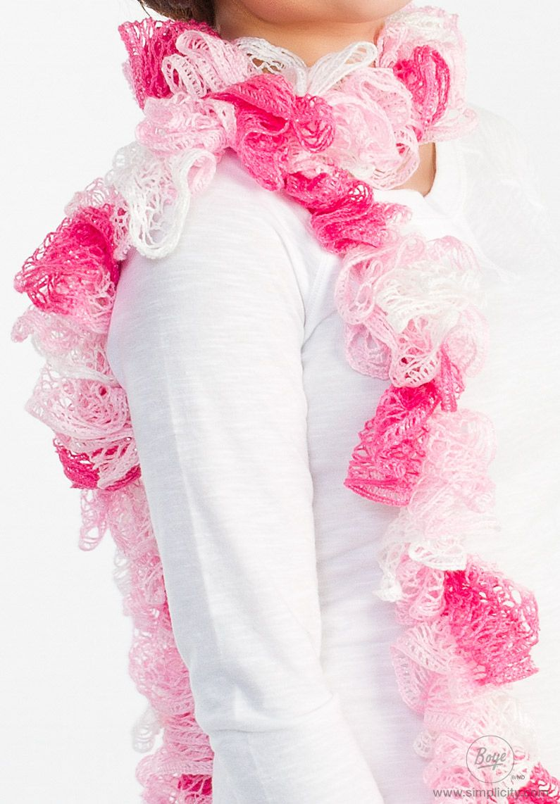 This ruffled scarf is a great project for any crafter! Supposedly ...