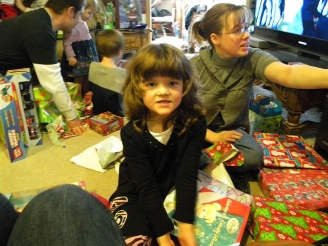 Christmas 2011, in Iowa, Louella in background, Ava in front:)
