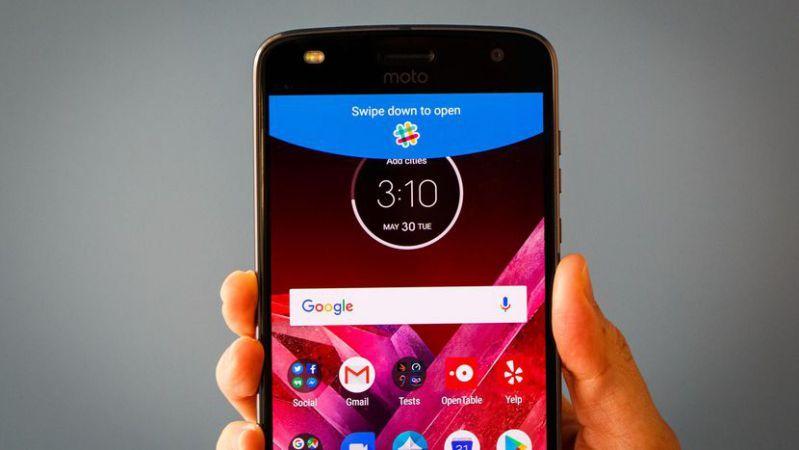 Verizon Moto Z2 update NDSS26.118236 released with