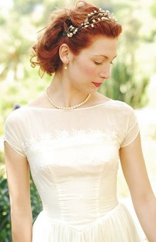 50 Unique Wedding Hairstyles For Different Necklines 2016 Be Trendsetter Boat Neck Wedding Dress Boat Neck Dress Wedding Gowns Vintage