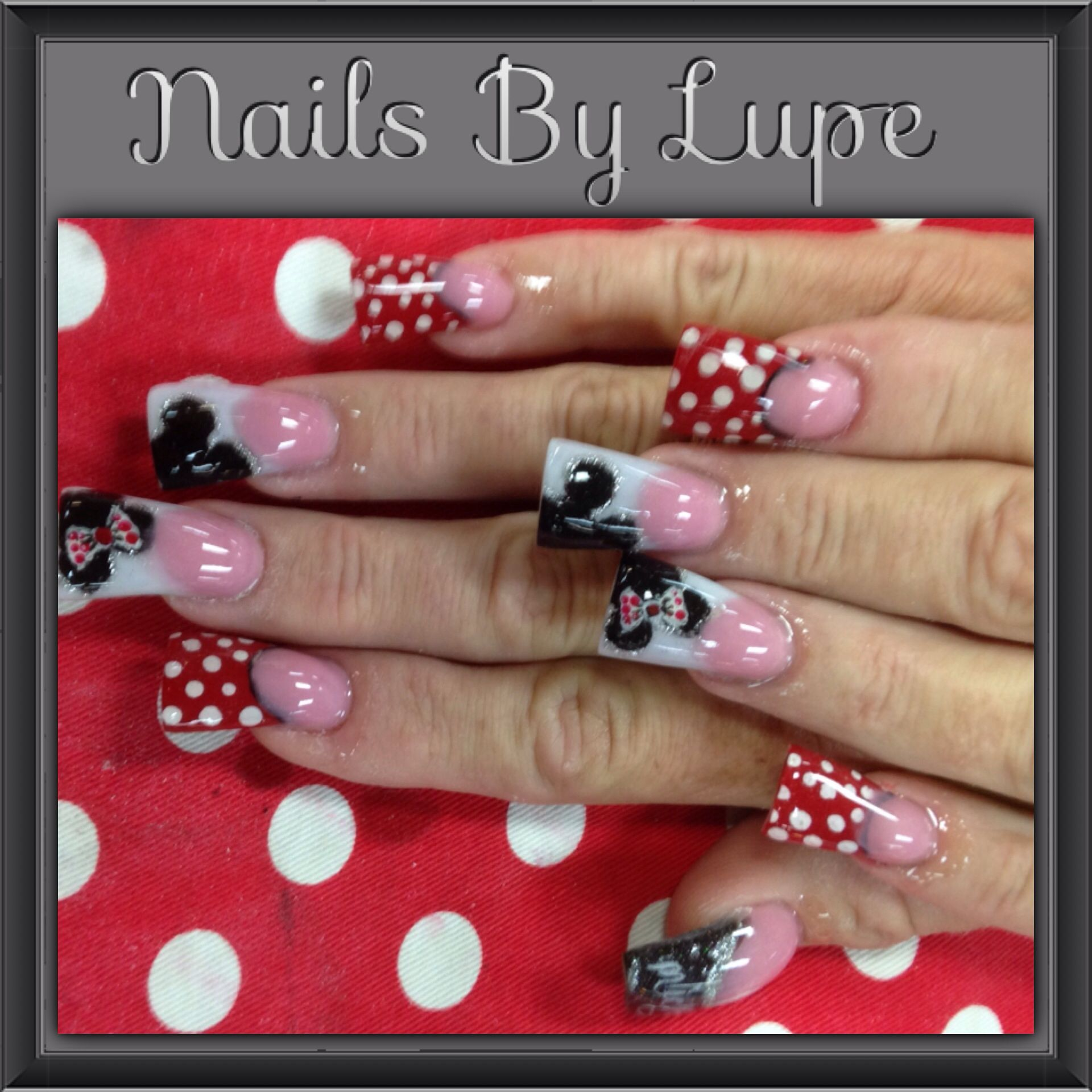 Cute Mickey Mouse Minnie Mouse acrylic nails | great Halloween ...