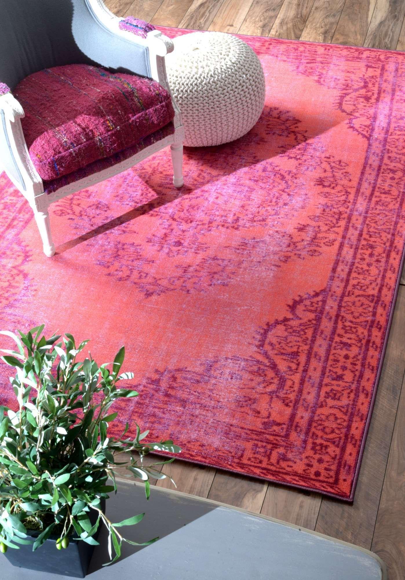 Teppich Overdyed in Rosa | Traditionelle Teppiche, Rot und Teppiche