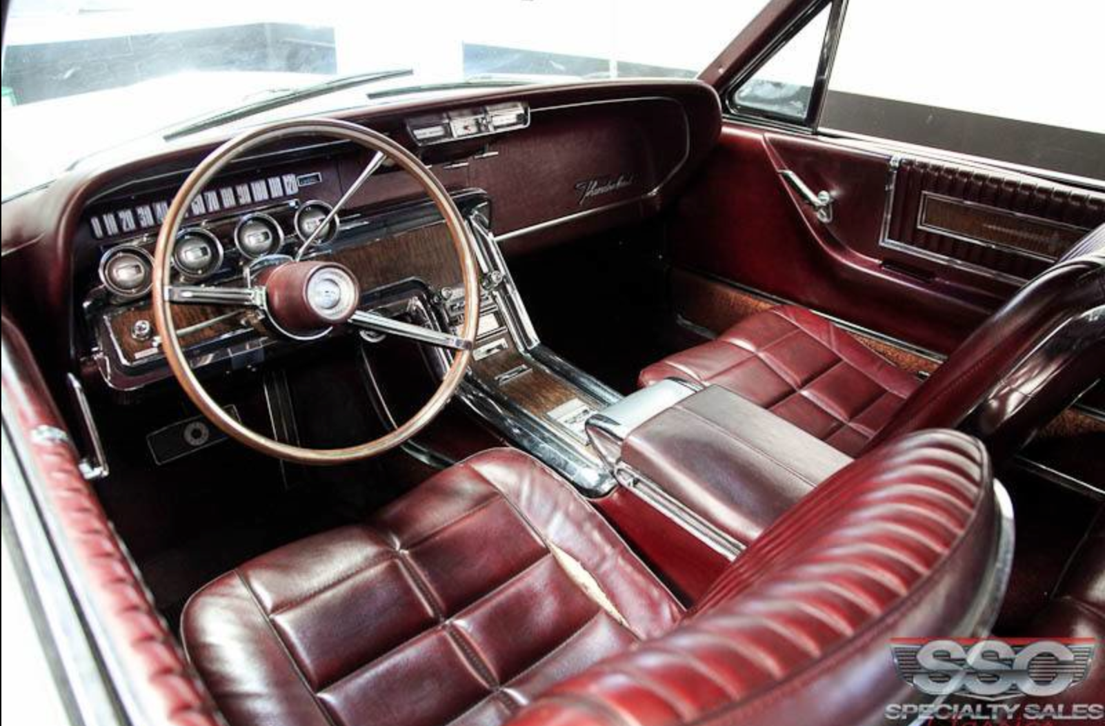 1966 Thunderbird I Typically Don T Like Burgundy Interior But The Patina On The Leather Here Is Nice Li Ford Thunderbird Thunderbird Car Custom Car Interior
