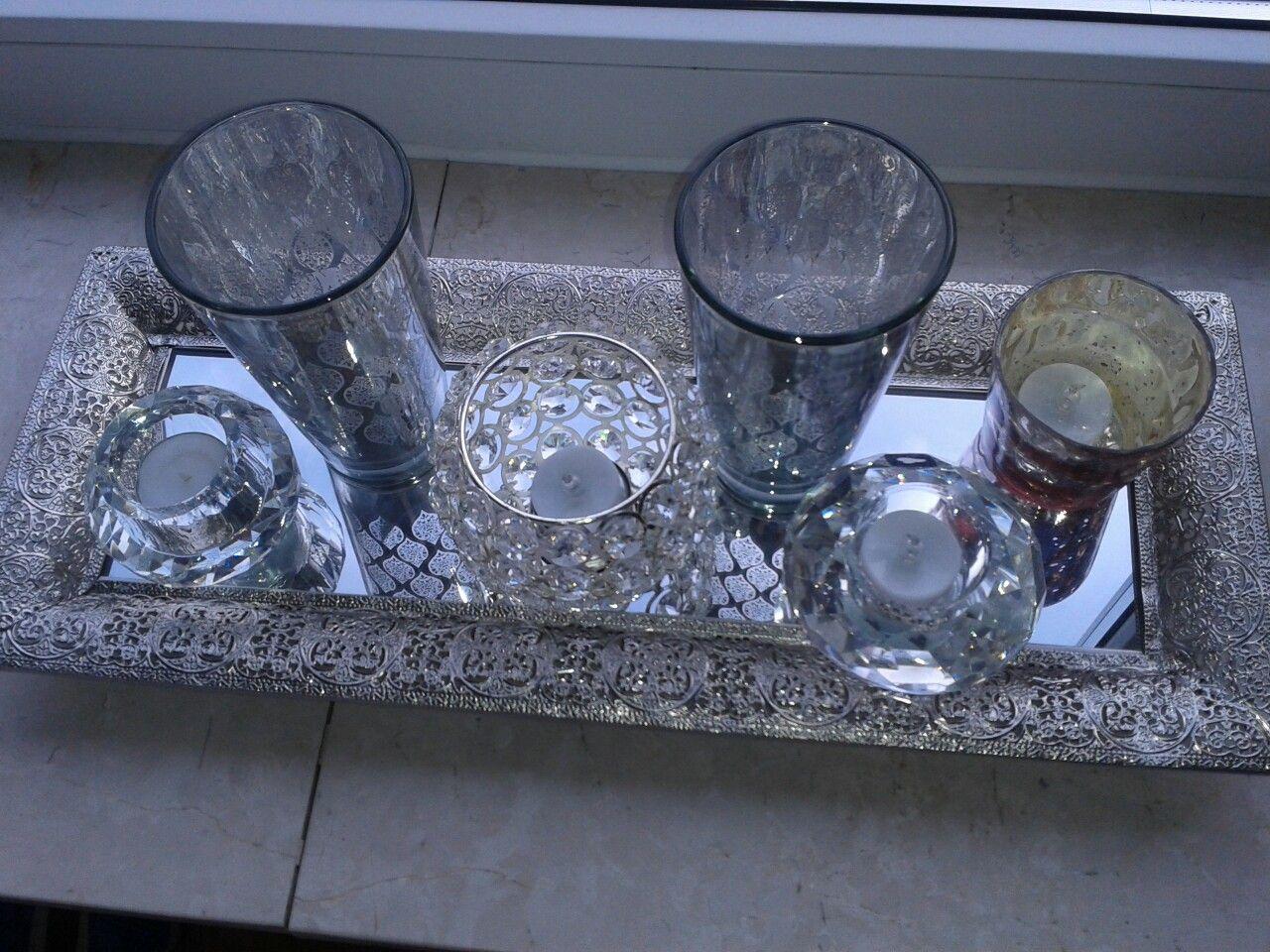 Teelichter auf Spiegel Tablett   Wohnzimmer Dekoration   Pinterest