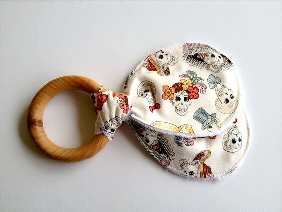 Wood Teething Ring, Wooden Teether, Baby Teething Toy, Cloth Teether, Organic, Baby Shower Gift, Dia de los Muertos, Day of the Dead
