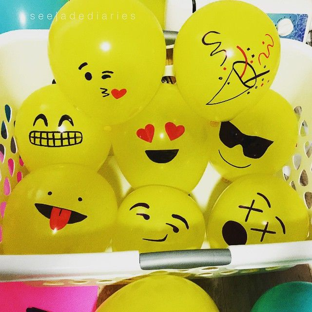 DIY Make Your Own Emoji Balloons