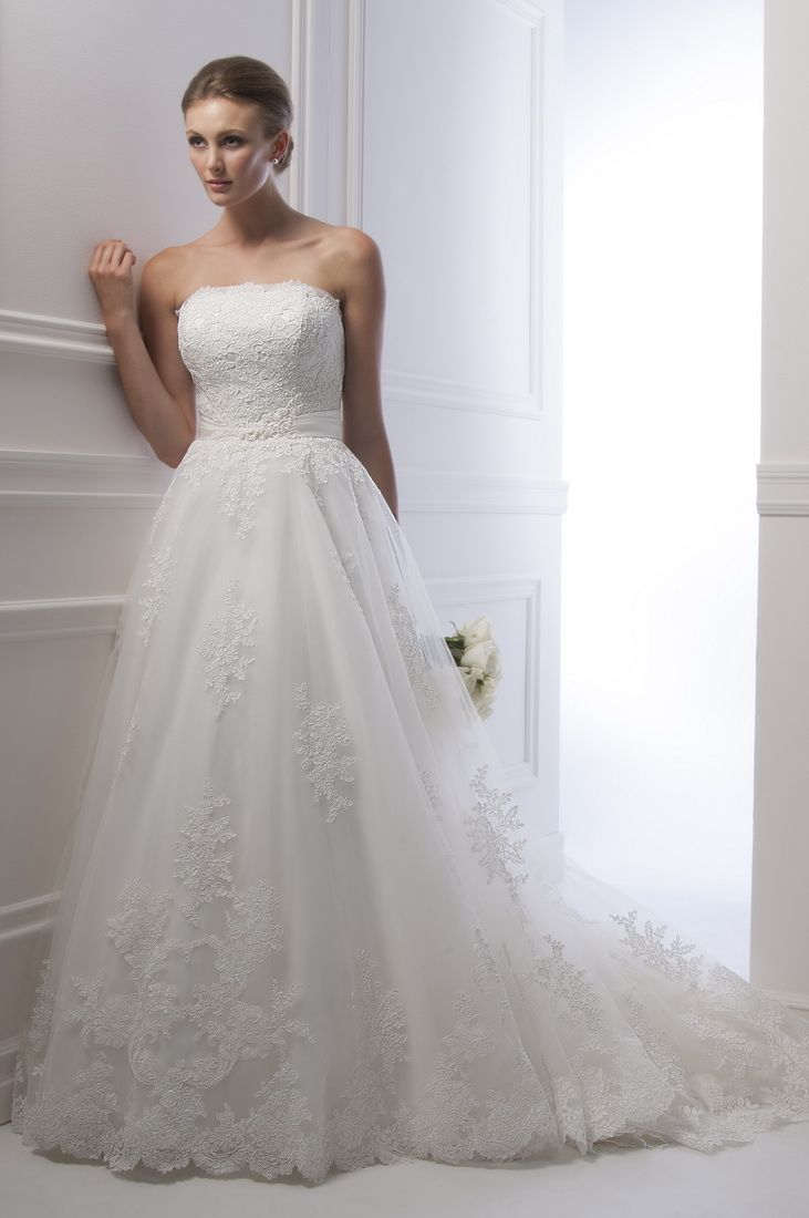 Alfred Sung Bridal Gown Style - 6937 | Style Fashion | Pinterest ...