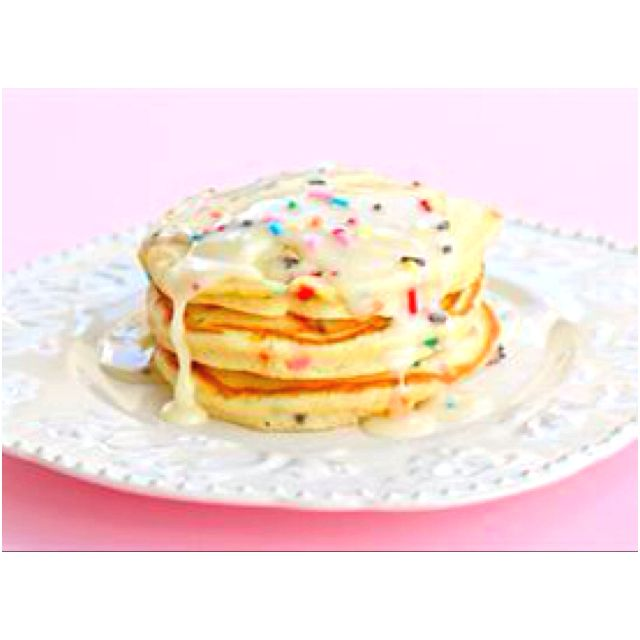 Pancakes using cake batter! This is by far one of my best breakfast pancakes iv made. It turned out so yummy!! Sooo unhealthy but won't hurt in a blue moon :)