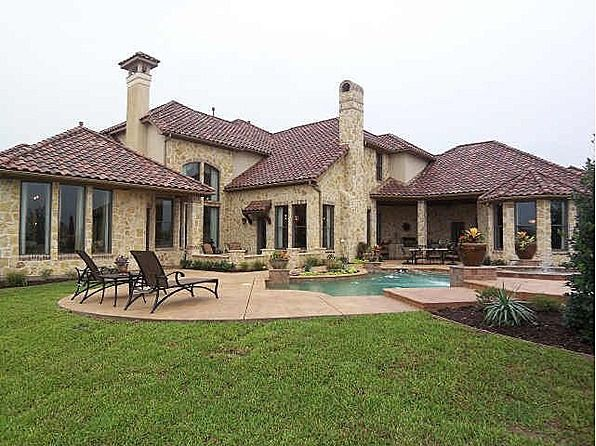 What kind of parties would you host if this was your backyard? www.seanknightcustomhomes.com