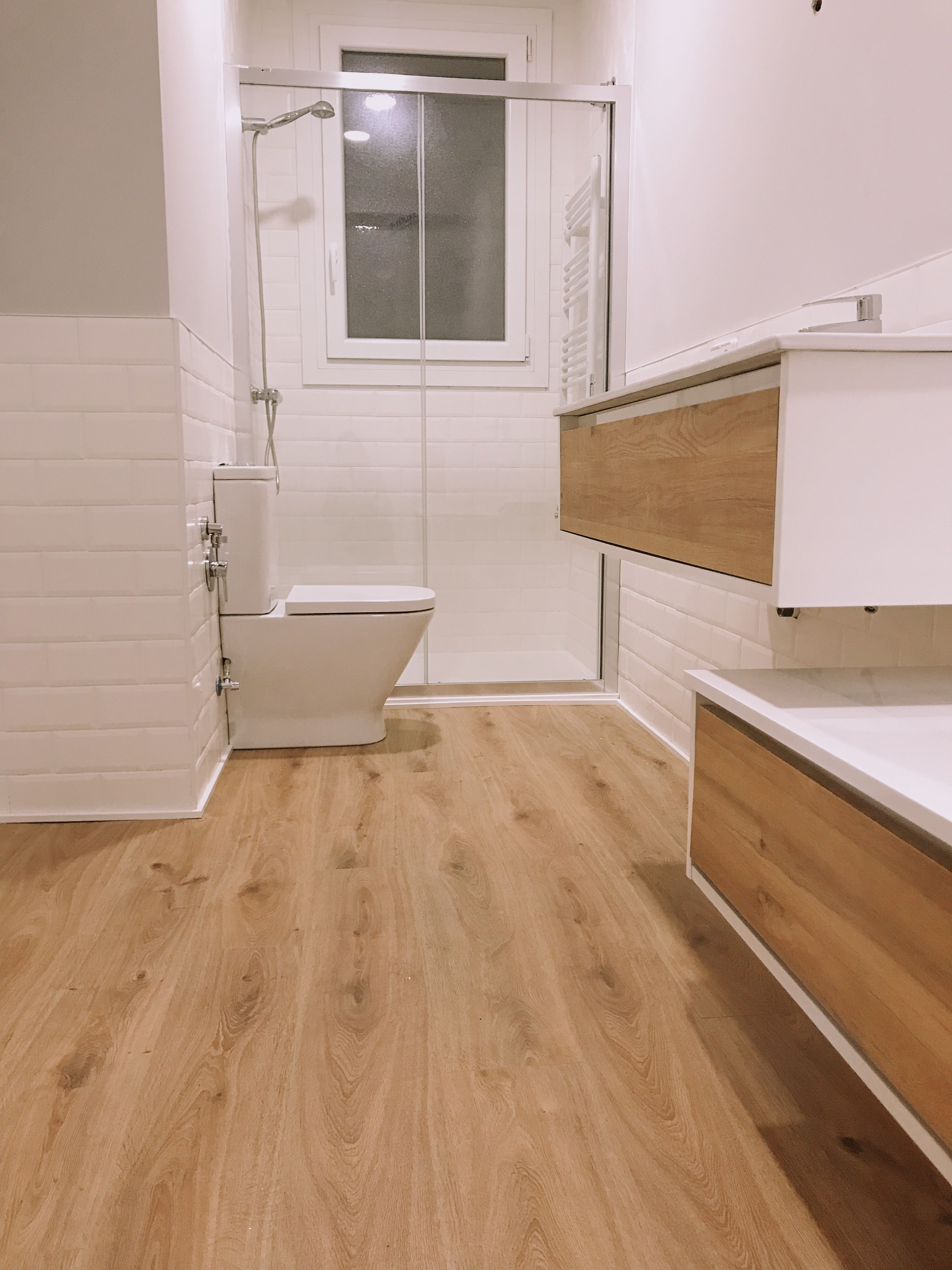 Idea de Dana Irimia en Mornings en 2020 | Diseño de baños ...