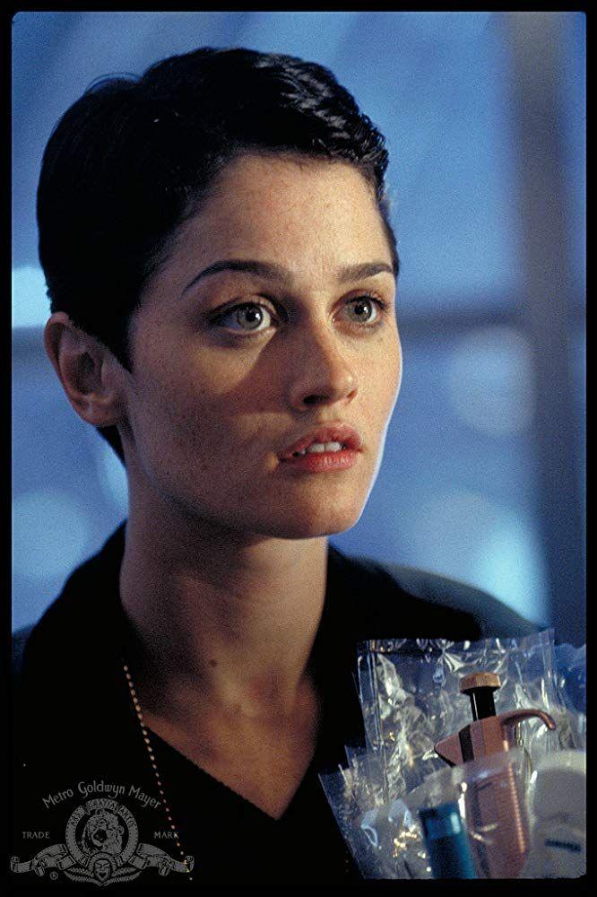 Robin Tunney in Supernova (2000) | Robin tunney, Robin, Actors
