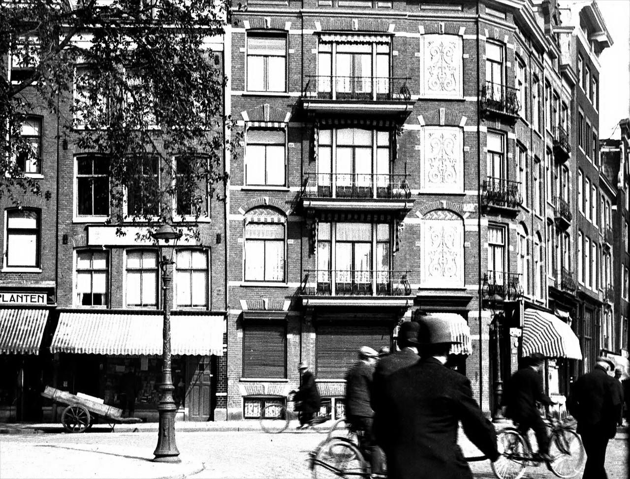 1930 A View Of The Corner Of Elandsgracht And Prinsengracht In
