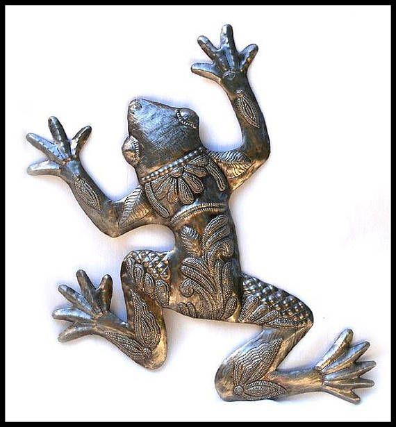 Metal Frog, Outdoor Metal Art, Metal Wall Decor, 17\