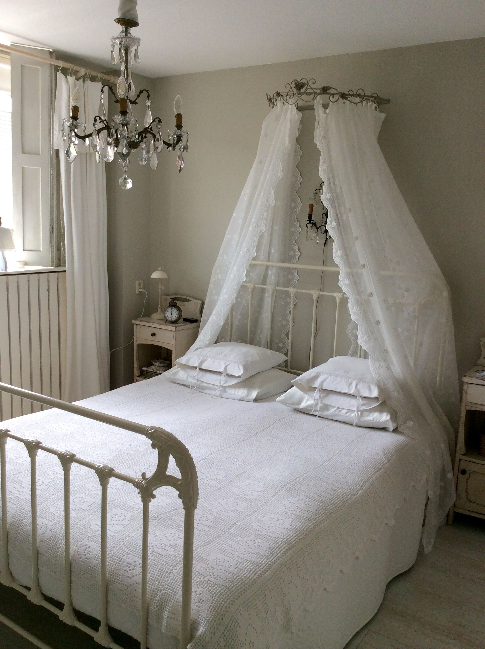 Bedhemel  Slaapkamer  Slaapkamer Wit beddengoed en Voor