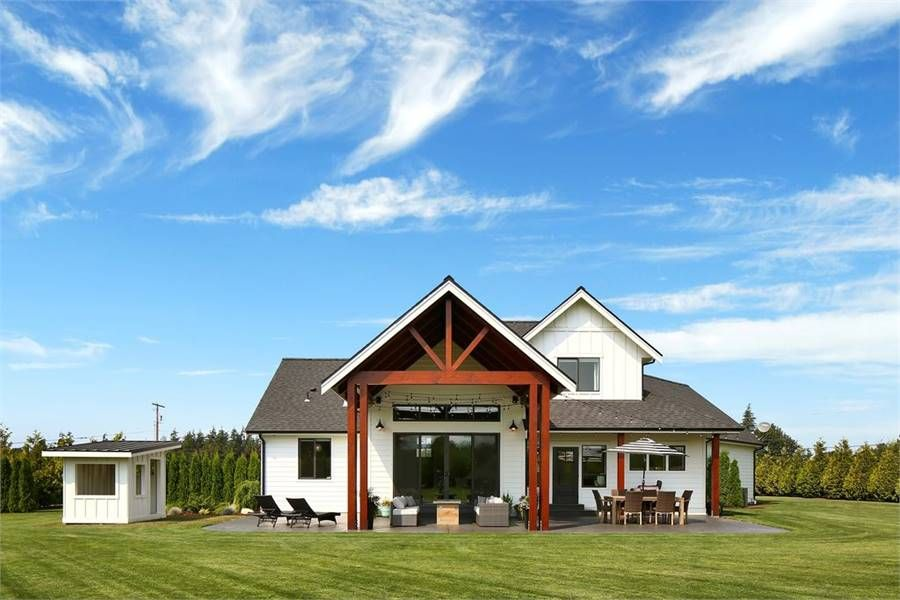 rear elevation modern farmhouse house plans house on modern house designs siding that look amazing id=11133