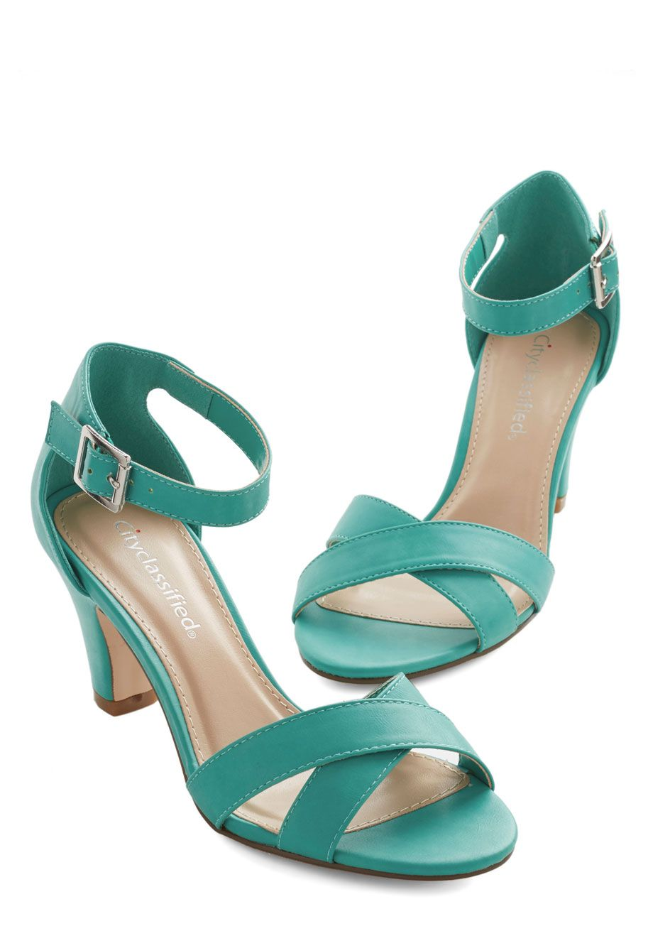 Riverboat Belle Heel. The gentle swaying of the riverboat, as well as your radiant teal heels, are delightful reminders that summer is in full-swing. #blue #prom #wedding #bridesmaid #modcloth