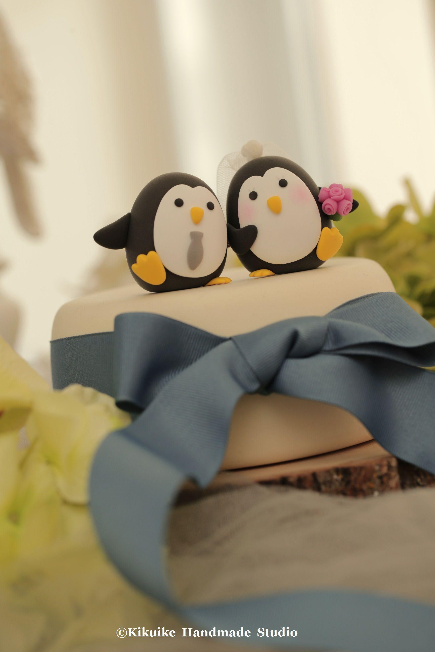 Wedding Cake Topper-love Penguins #weddingcake