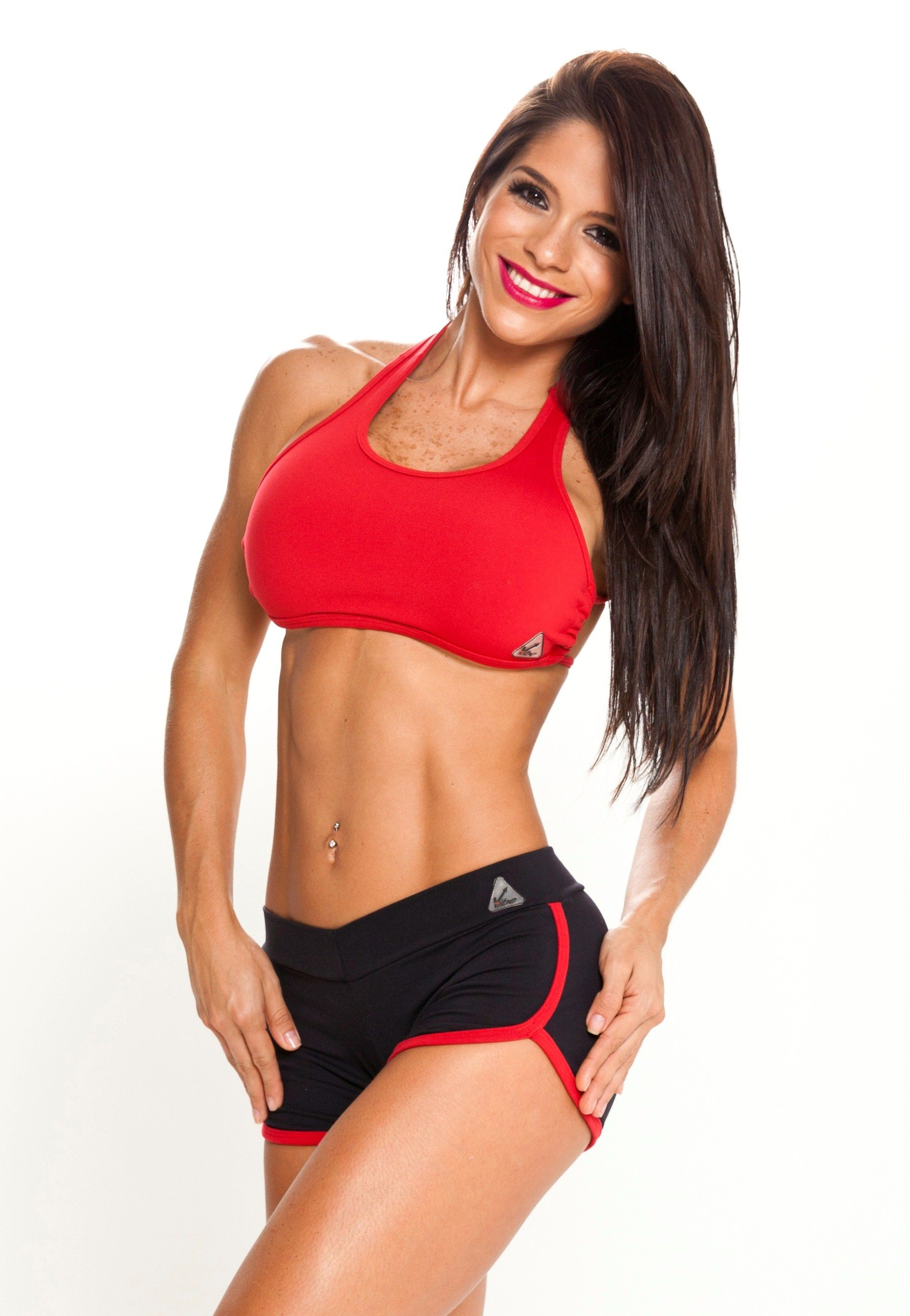 www.upvibe.com Michelle Lewis fitness model wearing ...