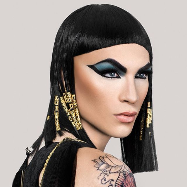 Because sleeping in your #Halloween makeup can be scarier than Halloween night itself, we asked @MissFameNYC to give us tips for how to CORRECTLY take off your look. Find out now by clicking the link in our bio.