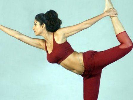 pingold's gym india on gym wear  shilpa shetty yoga